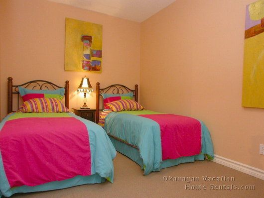 Sunset Waterfront Resort - #117 - 3 Bdrm - Kelowna