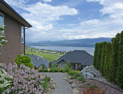 Vineyard Vista - 4 Bdrm HT - West Kelowna