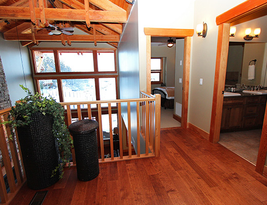Carmel Cove Resort #03 - 5 Bdrm Lake Side - Shuswap