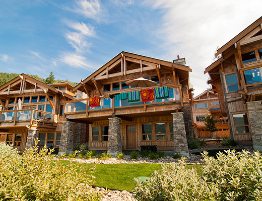Carmel Cove Resort #04 - 4 Bdrm Lake Side - Shuswap