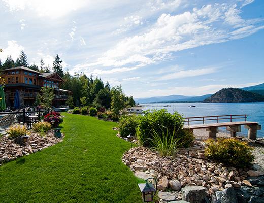 Carmel Cove Resort #09 - 4 Bdrm Lake Side - Shuswap