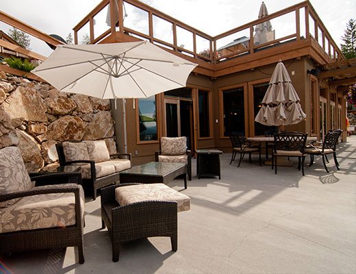 Carmel Cove Resort #12 - 3 Bdrm Lake View - Shuswap