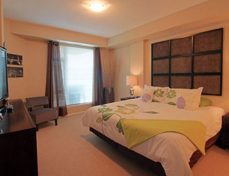 Sunset Waterfront Resort - #802 - 2 Bdrm - Kelowna (KRA)