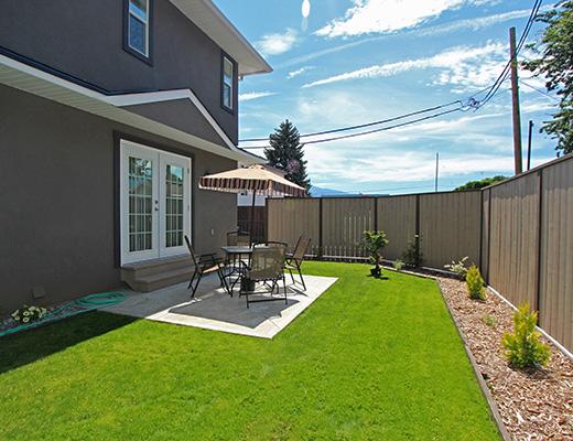 Sunshine Home #102 - 4 Bdrm - Penticton
