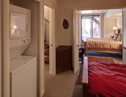 952 Lowell Home - 3 Bdrm HT - Park City