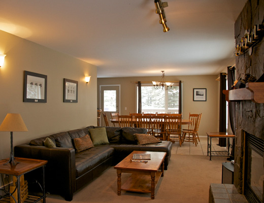 First Tracks Lodge - 7 Bdrm HT - Fernie