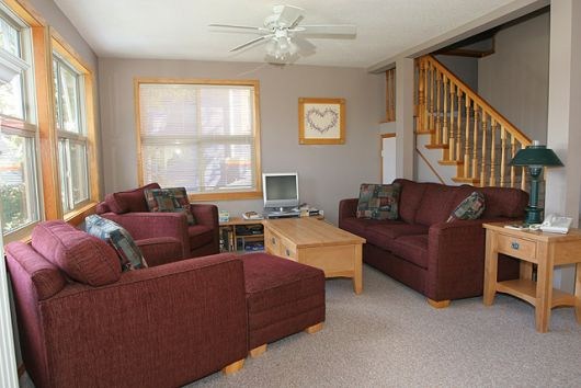 Central Station - 4 Bdrm HT (R) - Silver Star