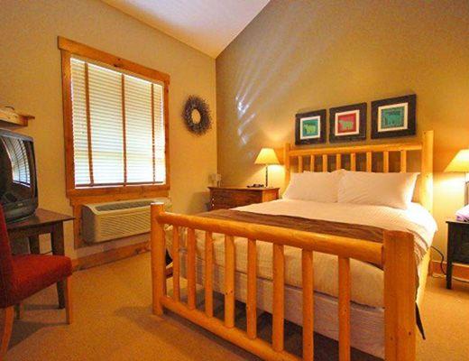 Timberline Lodge T444 - 2 Bdrm + Loft (Gold) - Fernie