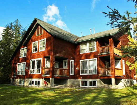 Polar Peak Lodges #15 - 3 Bdrm HT - Fernie