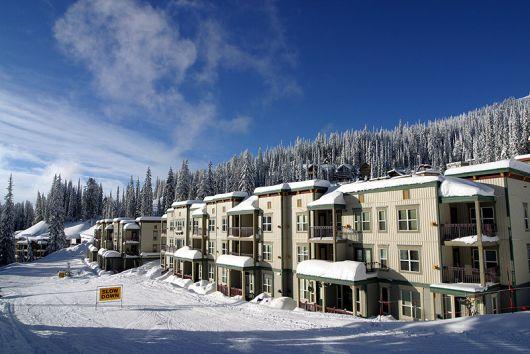 Creekside #302 Snowbrush - Studio - Silver Star