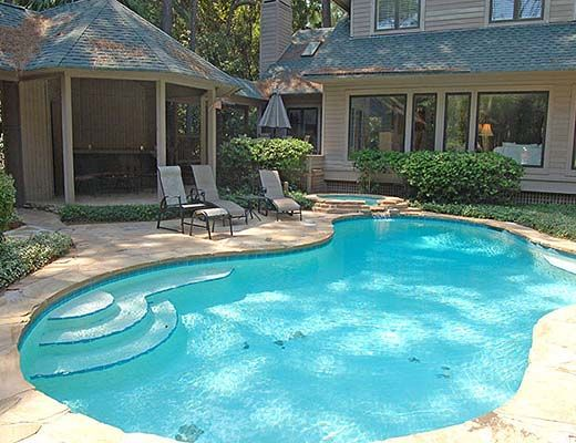 10 Armada - 5 Bdrm w/Pool - Hilton Head