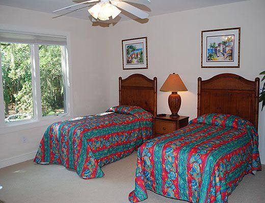 189 Mooring Buoy - 5 Bdrm + Den w/Pool HT - Hilton Head