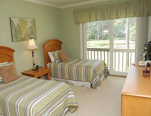 11 Mizzenmast Court - 4 Bdrm w/Pool - Hilton Head