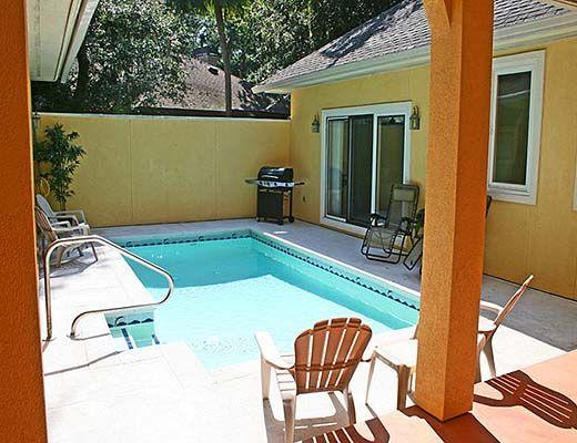 6 Cottage Court - 4 Bdrm w/Pool - Hilton Head