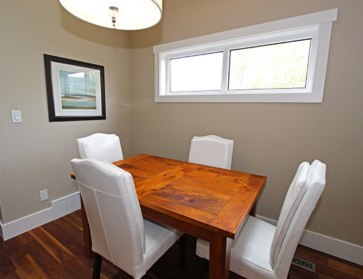 Executive Waterfront Townhome #1 - 3 Bdrm - Summerland