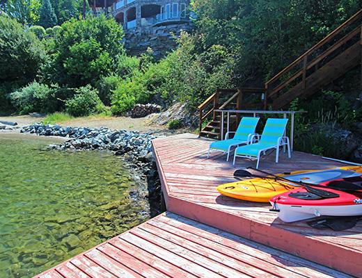 Luxury Beach House - 3 Bdrm + Den - Kelowna