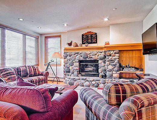 Highlands Lodge #109 - 3 Bdrm (3.5 Star) - Beaver Creek