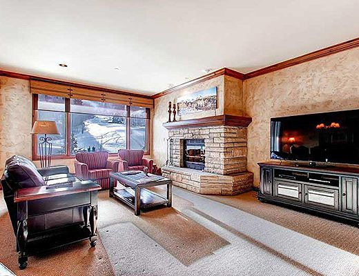 Highlands Slopeside #207 - 3 Bdrm (4.0 Star) - Beaver Creek