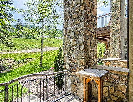 Highlands Slopeside #210 - 3 Bdrm (4.5 Star + Ski Access) - Beaver Creek