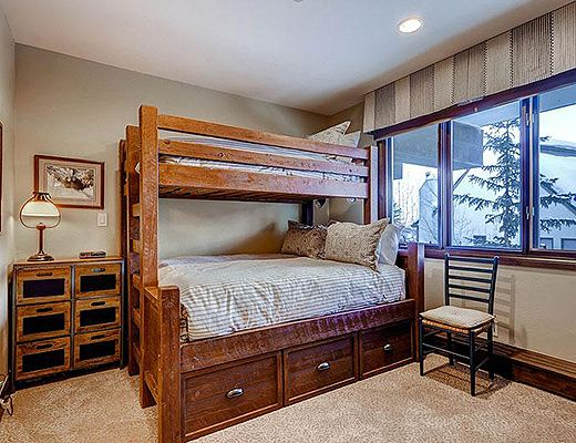 Highlands Slopeside #218 - 3 Bdrm (4.5 Star + Ski Access) - Beaver Creek