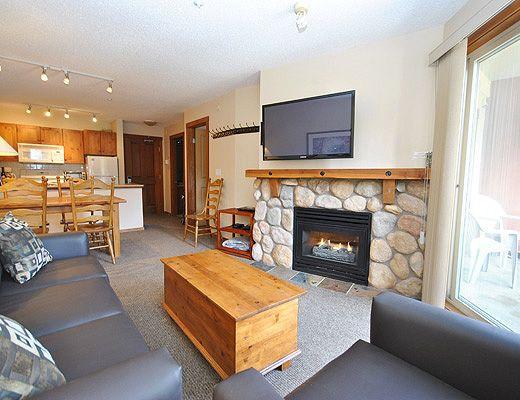 Fireside Lodge #320 - 1 Bdrm - Sun Peaks (TM)