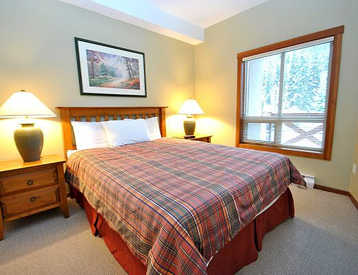 Fireside Lodge #102 - 2 Bdrm - Sun Peaks (TM)