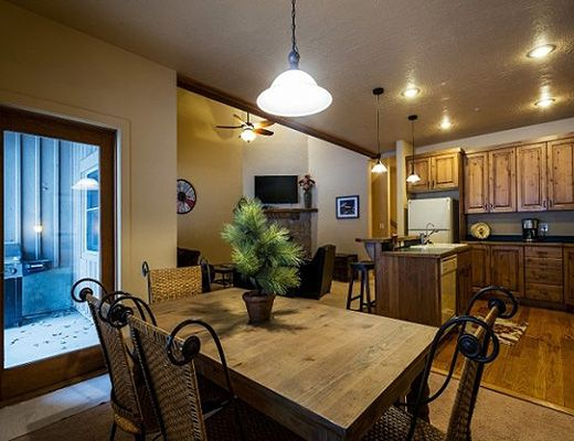 Canyon Crossing #20 - 3 Bdrm HT - Park City (CL)