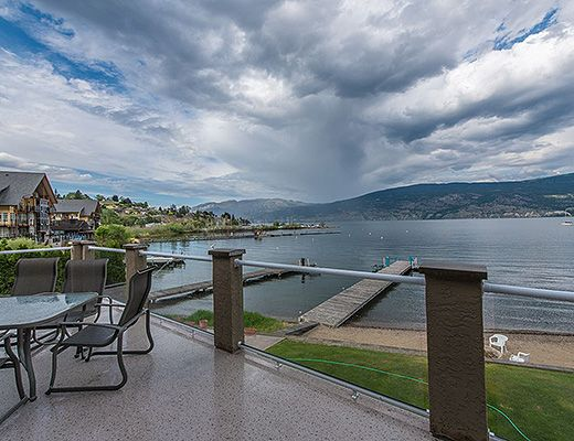 Blissful Bay - 5 Bdrm - Summerland