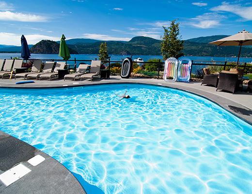 Carmel Cove Resort #18 - 3 Bdrm Lake View - Shuswap