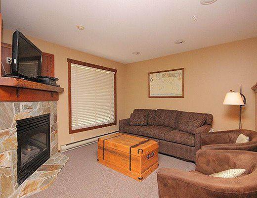 Snow Creek Lodge #209 - Studio (Premium) - Fernie