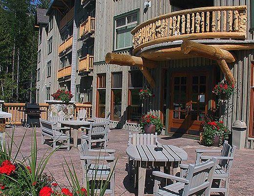 Snow Creek Lodge #201 - 2 Bdrm (Premium) - Fernie