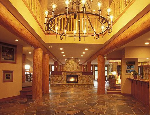 Snow Creek Lodge #311 - 2 Bdrm (Premium) - Fernie