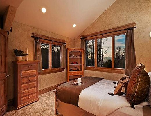 Colony Home #7 - 6 Bdrm HT - The Canyons (CL 10)