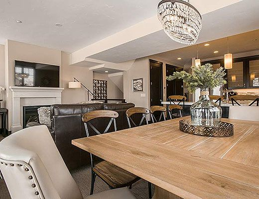 Blackstone #9 - 3 Bdrm HT - The Canyons (CL)