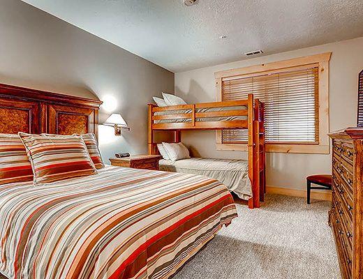 Black Bear Lodge #152 - 2 Bdrm Platinum HT - Deer Valley