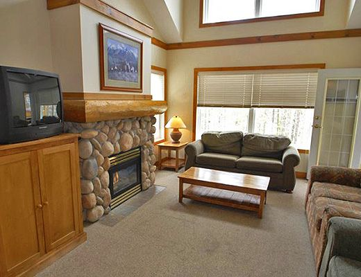 Copper Springs Chalets - 4 Bdrm + Loft (Deluxe) HT - Kimberley