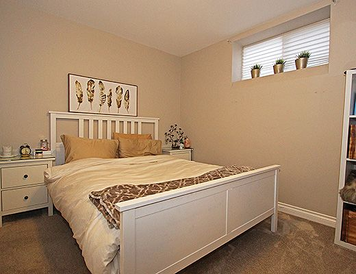 Kettle Valley Family Home - 5 Bdrm - Kelowna