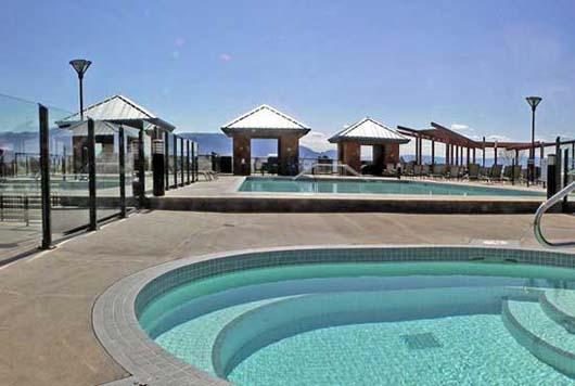 Playa del Sol #626 - 1 Bdrm + Den Creekside - Kelowna
