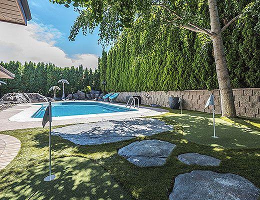 Summer Dream - 4 Bdrm w/ Pool HT - Summerland