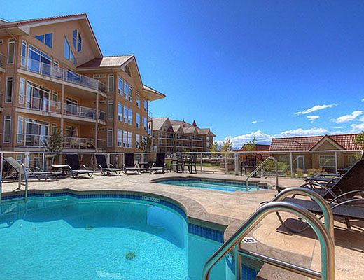 Discovery Bay Resort #608 - 2 Bdrm + Den + Loft - Kelowna (CVH)