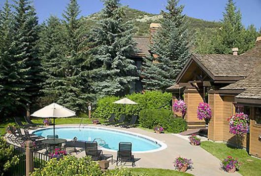 Ridgepoint Townhomes - 3 Bdrm + Loft (4 Bath) - Beaver Creek