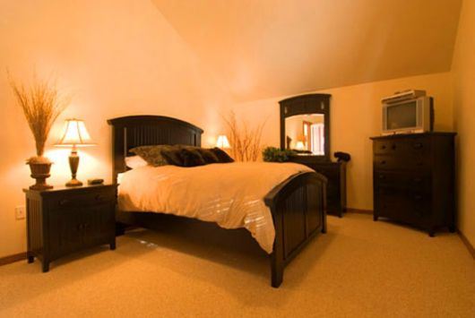 White Wolf Cabins - 4 Bdrm Deluxe HT - Red Mountain
