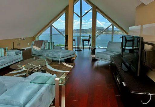 Sunset Waterfront Resort - #2001 - 4 Bdrm Penthouse - Kelowna (KRA)