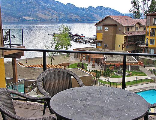 Barona Beach Lakefront Resort #6403 - 2 Bdrm + Den w/ Boat Lift - West Kelowna