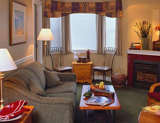 Lord Aberdeen Hotel - 2 Bdrm/1 Bath Regular - Silver Star
