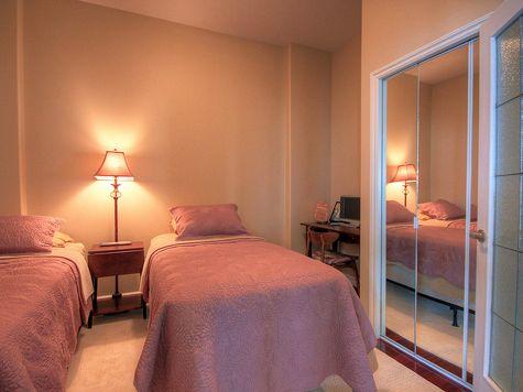 Sunset Waterfront Resort - #1801 - 2 Bdrm + Den - Kelowna (KRA)